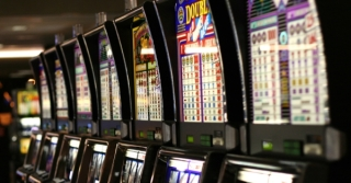 Machines à sous d'un Casino - internet